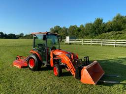 2015 Kubota B3350HSDHC tractor with Attachments
